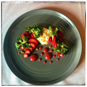 Taste Restaurant and Wine Bar - Salad