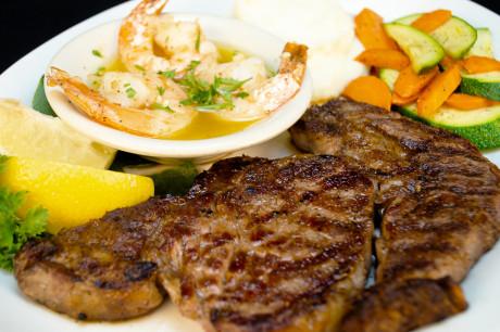 Sirens Oceanfront Restaurant & Bar - Dinner